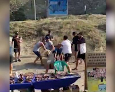 В Крыму избили туриста, не заплатившего за фото с орлом (ВИДЕО)