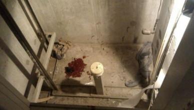 В многоэтажном доме Севастополя упал лифт