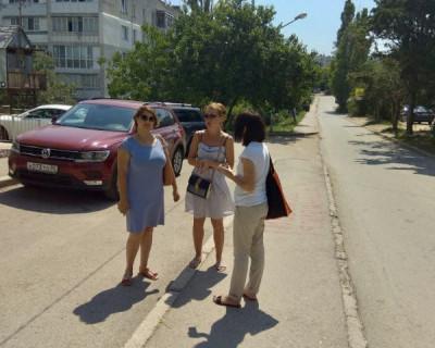 Ольга Дронова: «В севастопольских дворах нужно срочно устанавливать «лежачих полицейских»