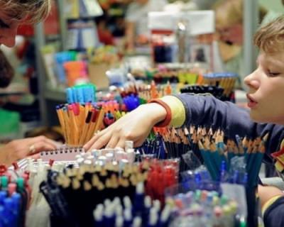 В начале августа в Севастополе откроются школьные базары