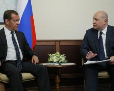 Михаил Развожаев попросил Дмитрия Медведева продлить льготный период СЭЗ в Севастополе