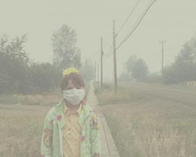 Этим дымом дышат в Сибири дети, старики, женщины на протяжении уже нескольких недель