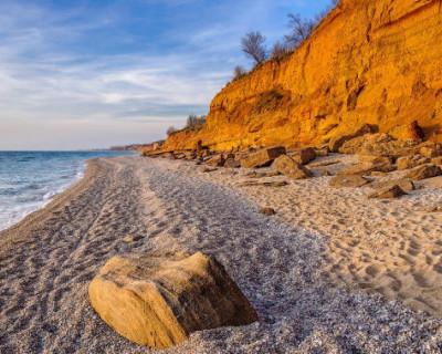 На каких пляжах Севастополя нарушают закон
