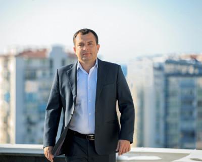Александр Брыжак отчитался о работе благотворительного фонда «Наш дом — Севастополь»