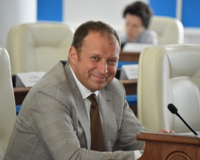 Читатели «ИНФОРМЕРа» выбрали самого привлекательного политика Севастополя!