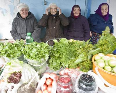 Неожиданно!  Крымским рынкам разрешили до 2020 года остаться вне капитальных строений