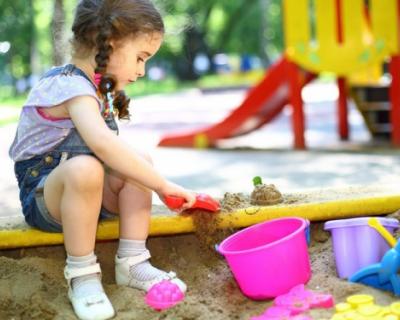 Осторожно, детская площадка в Севастополе
