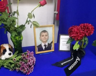 Владимир Путин наградил орденом (посмертно) мальчика, который ценой своей жизни спас детей из горящей палатки