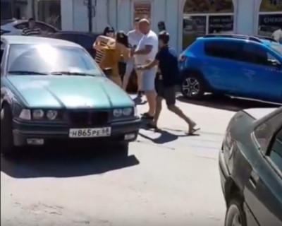 Массовая драка в Севастополе из-за парковки