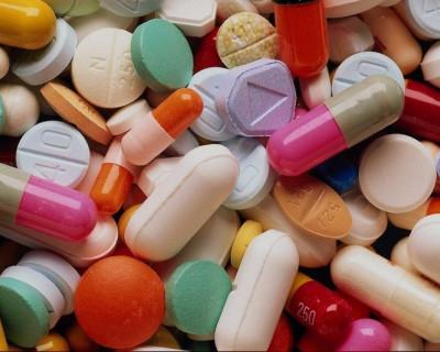 «Скрипы по-сенаторски» или «Почему севастопольцы ездят за лекарствами в Бахчисарай?»