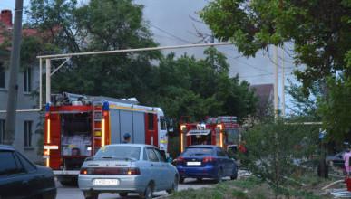 Севастополь, дом, пожар, Челюскинцев, спасатели, пламя, ликвидация