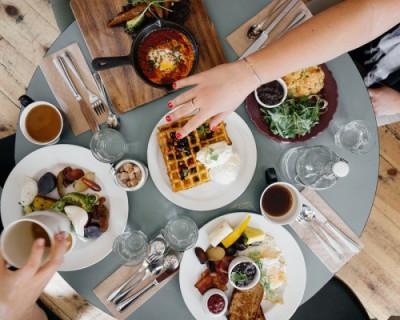 Что делать, если вам предложили некачественную еду в местах общественного питания Севастополя