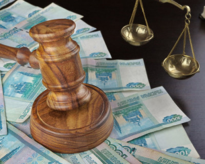 Севастопольцев освободили от опеки украинских банков