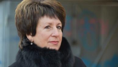 Почему Екатерина Алтабаева голосует против поименного голосования?