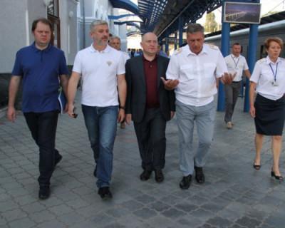 Министр транспорта высоко оценил севастопольский вокзал