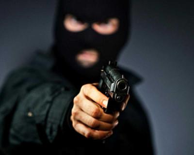 Преступник, совершивший вооруженное ограбление в Симферополе, задержан на Урале