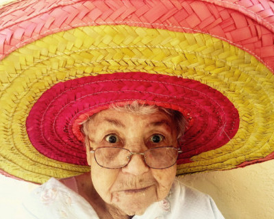 Чем занимаются севастопольские бабули в свободное от получения пенсии время?