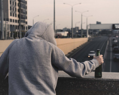 Алкоголь не изменяет личность человека