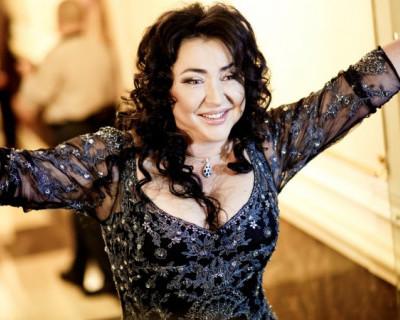 Певица Лолита разрыдалась из-за Украины (ВИДЕО)