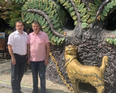 Коллектив и руководитель детского городка «Лукоморье» поддерживают Александра Брыжака