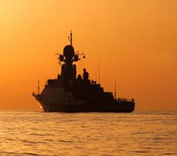 Новый корабль военно-морского флота России впервые поразил цель в Черном море (УНИКАЛЬНОЕ ВИДЕО)