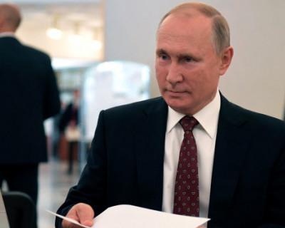 Путин традиционно приехал на выборы именно на этот участок и проголосовал