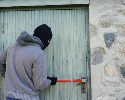 Полицейские задержали в Севастополе подозреваемого в серии краж имущества на сумму около полумиллиона рублей