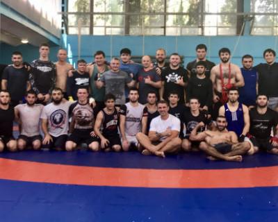 Севастопольские единоборцы провели тренировку со сборной России по ММА (ФОТО, ВИДЕО)