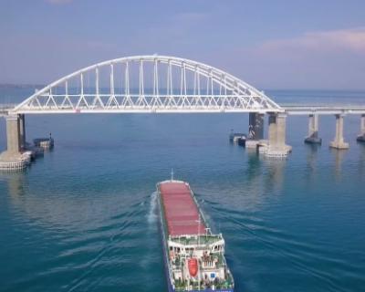 Начата установка железнодорожной автоматики на Крымском мосту