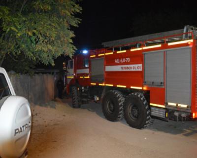 Севастопольские огнеборцы ликвидировали пожар в одноэтажном доме и спасли 5 детей
