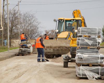 Подрядчиков, срывающих ремонт дорог в Севастополе, оштрафуют