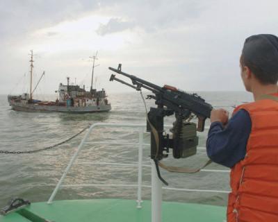 Северокорейские рыбаки напали на российских пограничников
