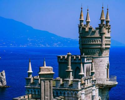 Севастополь вошел в тройку самых популярных туристических городов Крыма