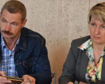 Депутаты Горелов и Щербакова – снова танцы на граблях