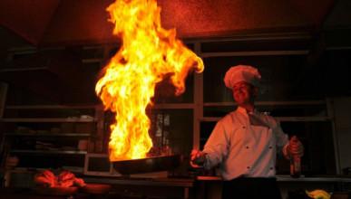 Российских детей облили горящим маслом в отеле в Турции