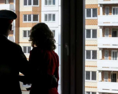 Как в Севастополе «заботятся» о семьях военнослужащих и выселяют на улицу