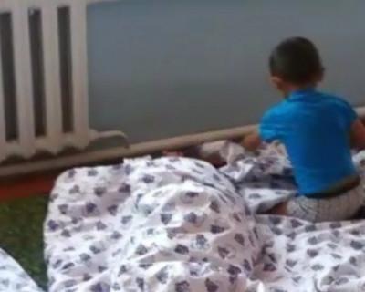 Дети в саду спали на голом полу