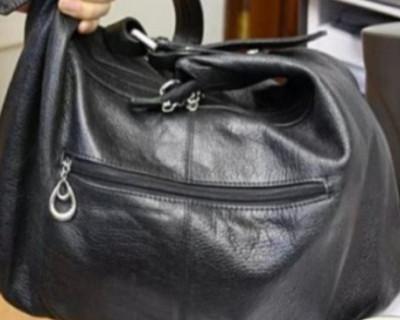 Две женщины дерзко ограбили старушку в Кемеровской области