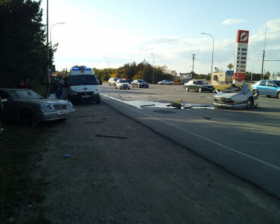 Страшная авария в Крыму: «легковушку»разорвало на две части (ФОТО)