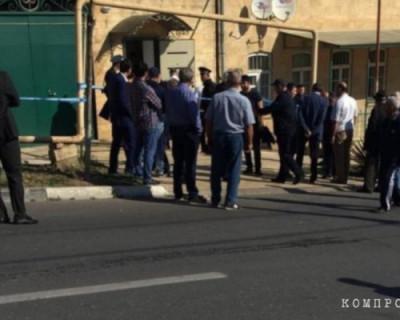 Неизвестный убил сувенирным кинжалом стоматолога в Дагестане