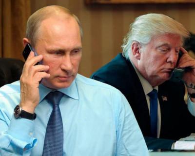 Трамп «лебезил и раболепствовал» перед Путиным