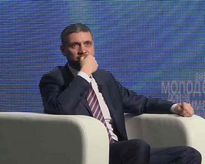 Российским губернаторам можно плакать, чтобы выиграть выборы