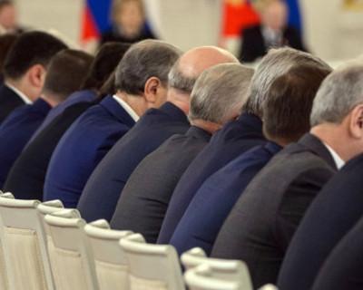 Эксперты пророчат отставку в октябре более десяти губернаторов