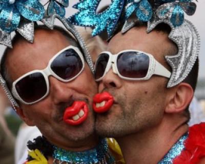 В Крыму геи не приветствуются и не нужны!