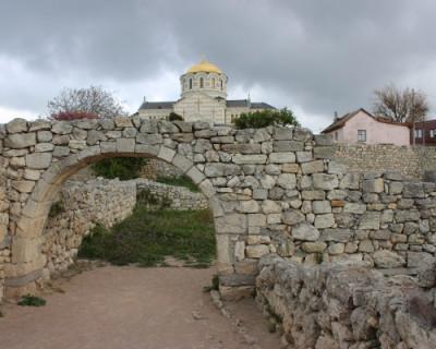 На Украине радуются «разрушению» крымских памятников