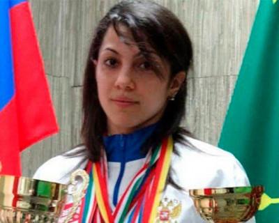 Мать погибшей в Севастополе спортсменки обвиняет подругу ее дочери в воровстве
