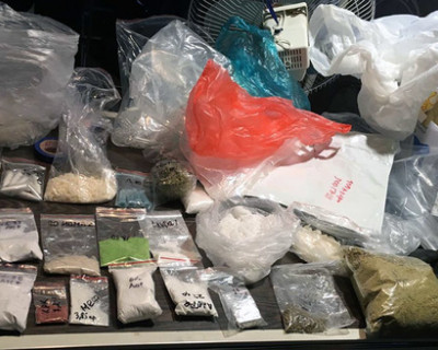 В Крыму изъяли крупную партию синтетических наркотиков