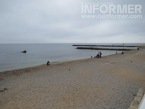 пляж победы в севастополе - открытое море