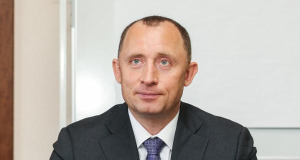Михаилу Развожеву не на кого поменять Базарова - он «съедает» все альтернативы?
