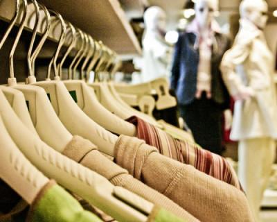 Сколько россиян работают за еду и одежду?